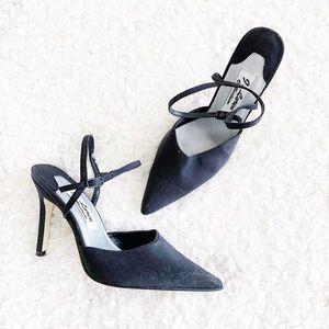 J. Loren Collection Black Kitten Toe Sandals